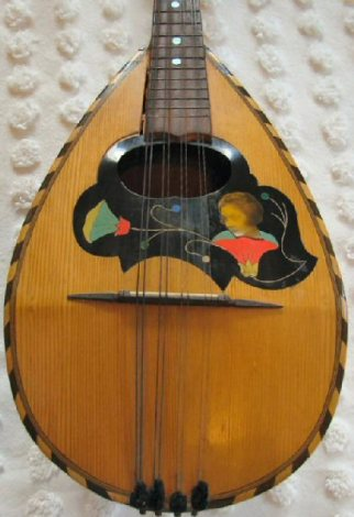 Antique Neapolitan Mandolin Before