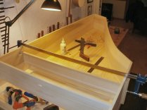 Harpsichord case assembly