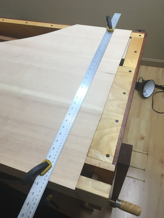 Marking for trimming Foredge